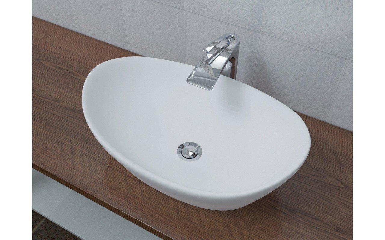 748M lavatory 1