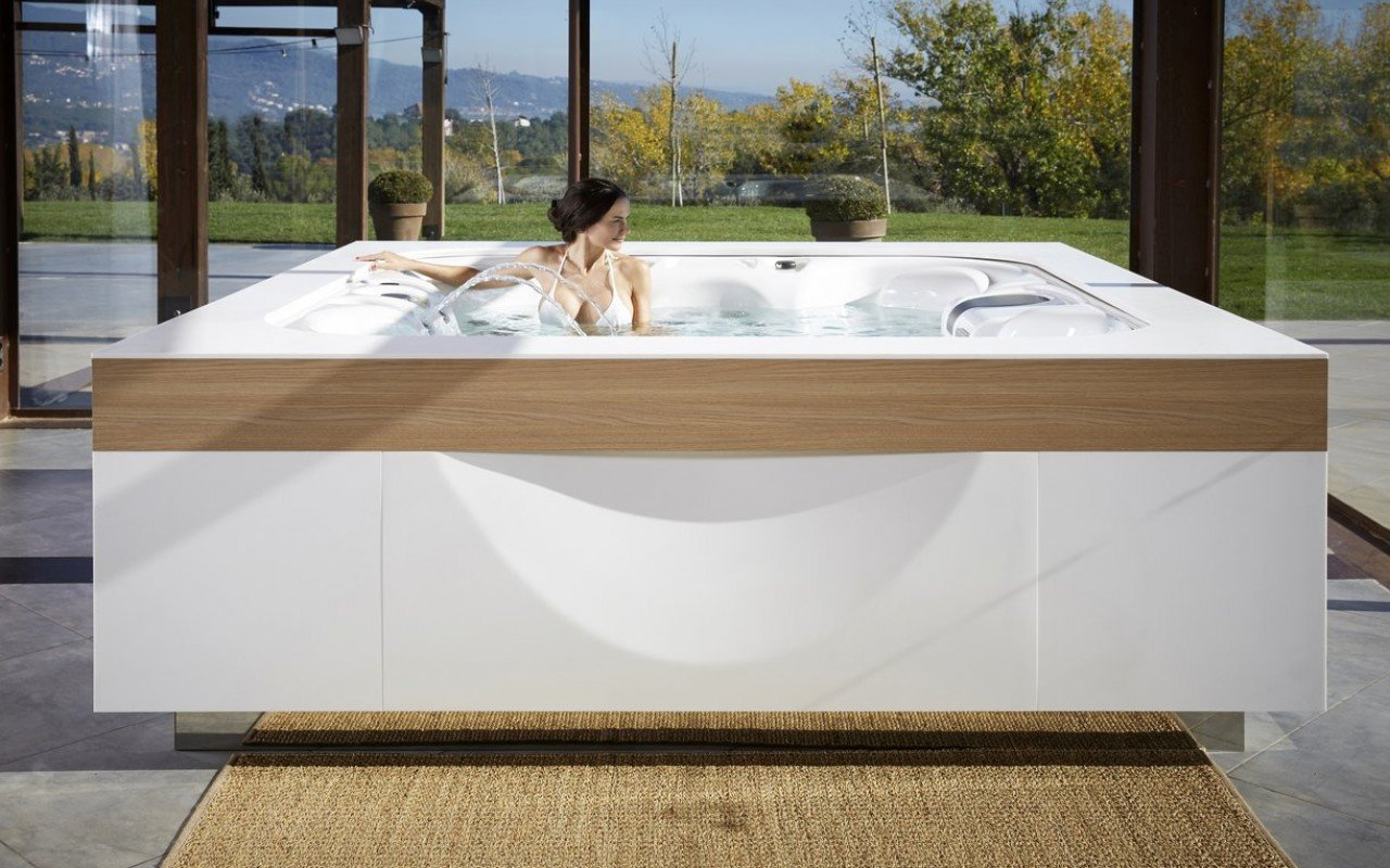 Aquatica Lagune Outdoor Hot Tub 02 (web)