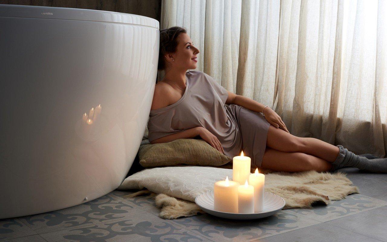 Aquatica pamela wht freestanding acrylic bathtub web 05