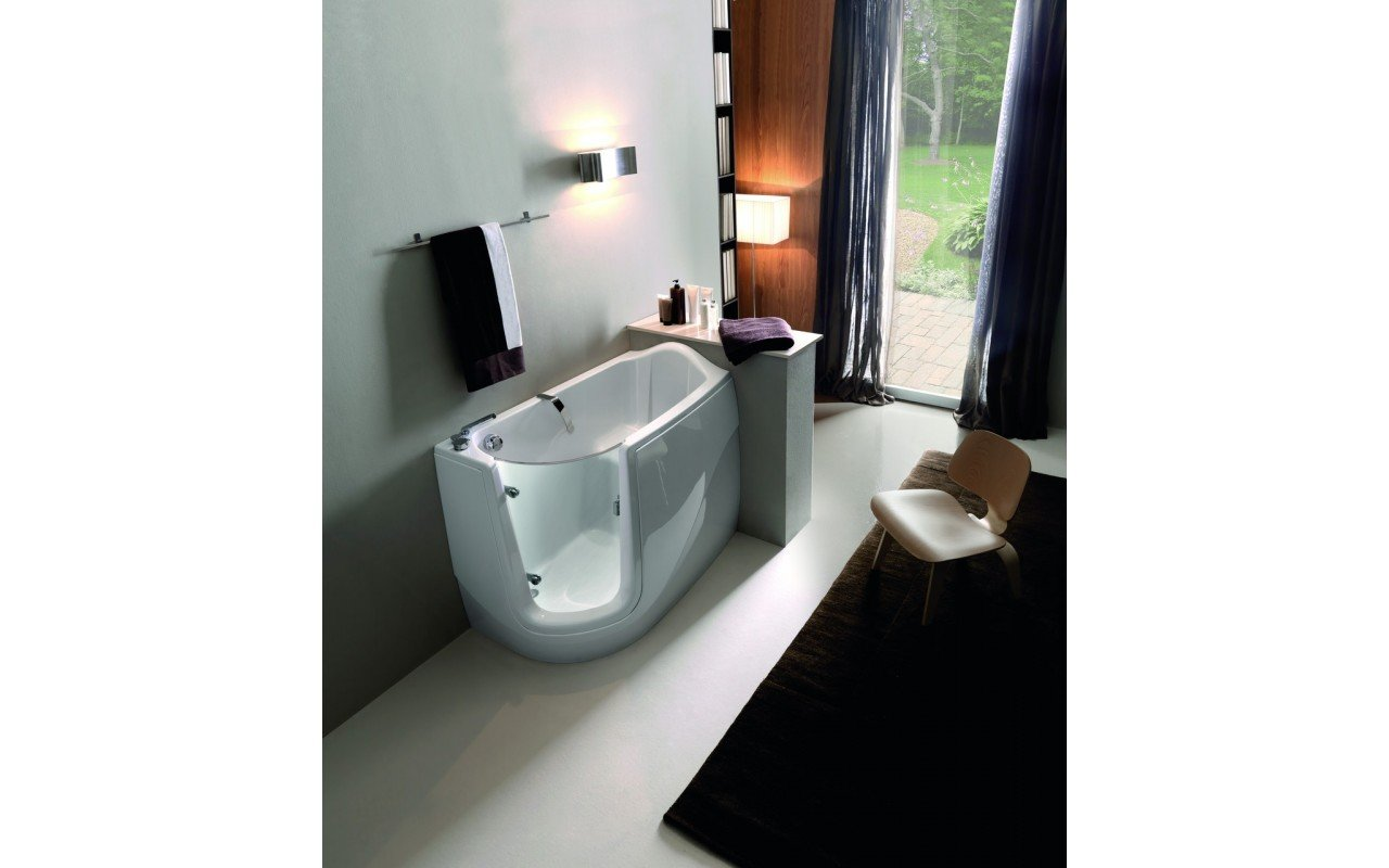 Baby Boomer L Tranquility Heated Corner Walk In Bathtub web 01