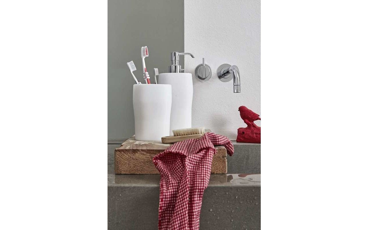 Beatrice Bathroom Drinking Cup Toothbrush Holder 02 (web)