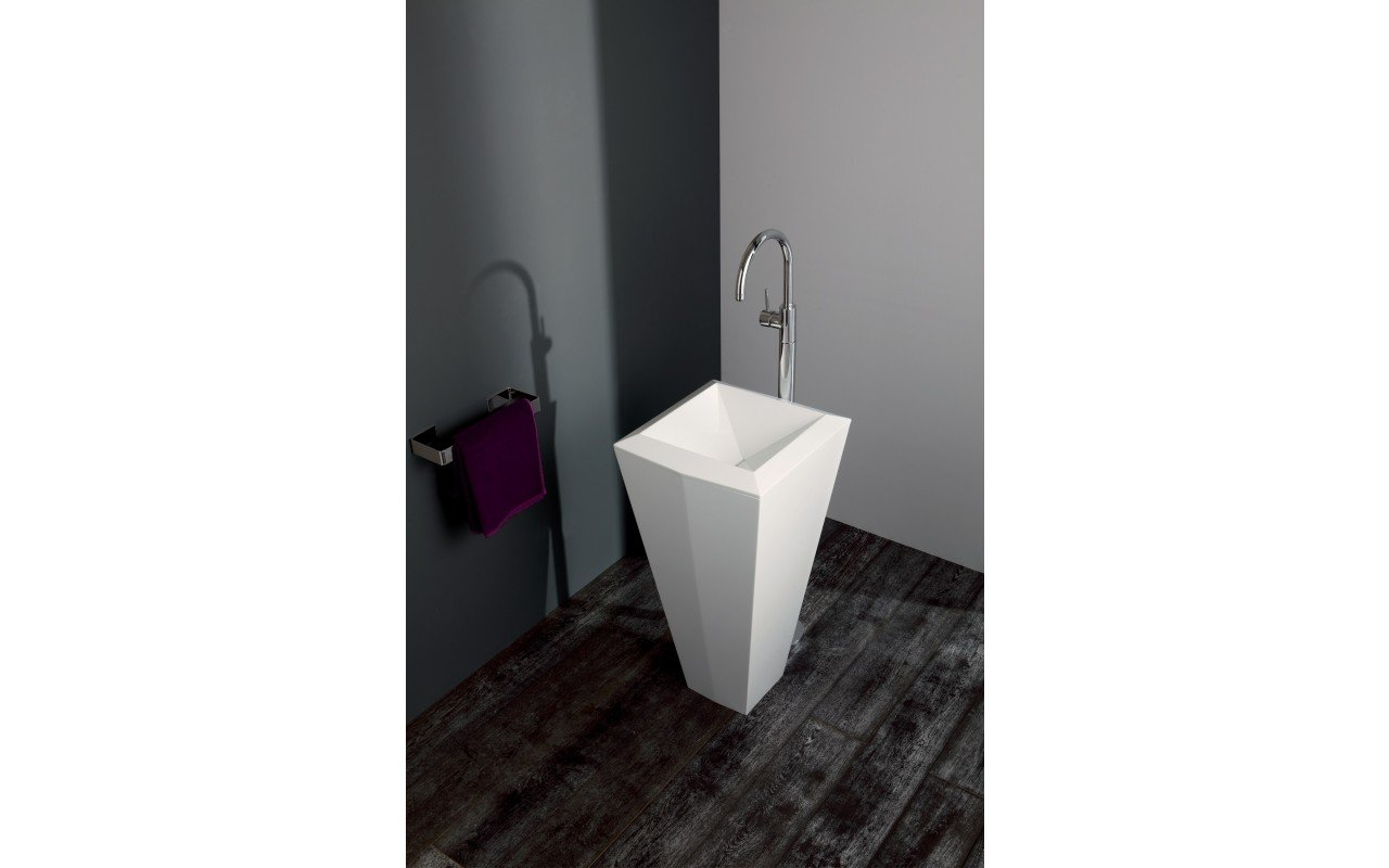 Crystal Freestanding Washbasin 07 web