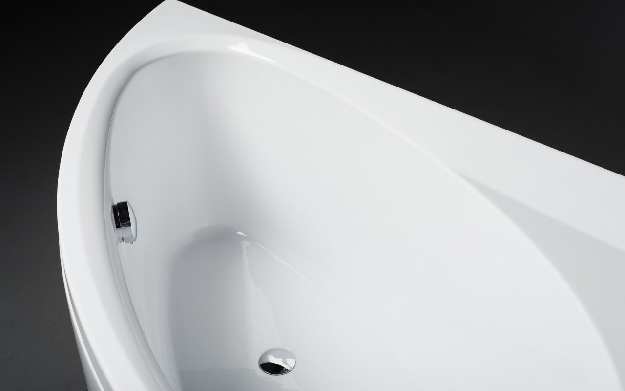 Idea L Wht Corner Acrylic Bathtub 3