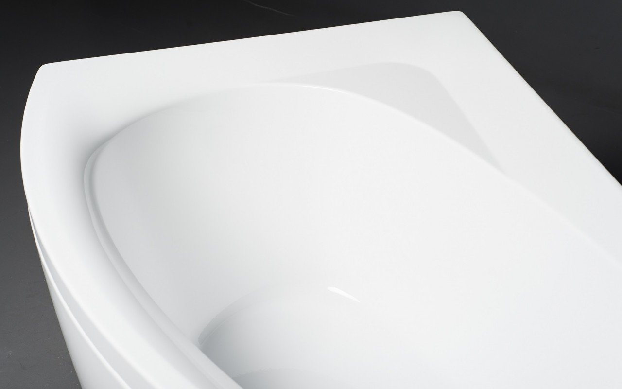 Idea R Wht Corner Acrylic Bathtub 3