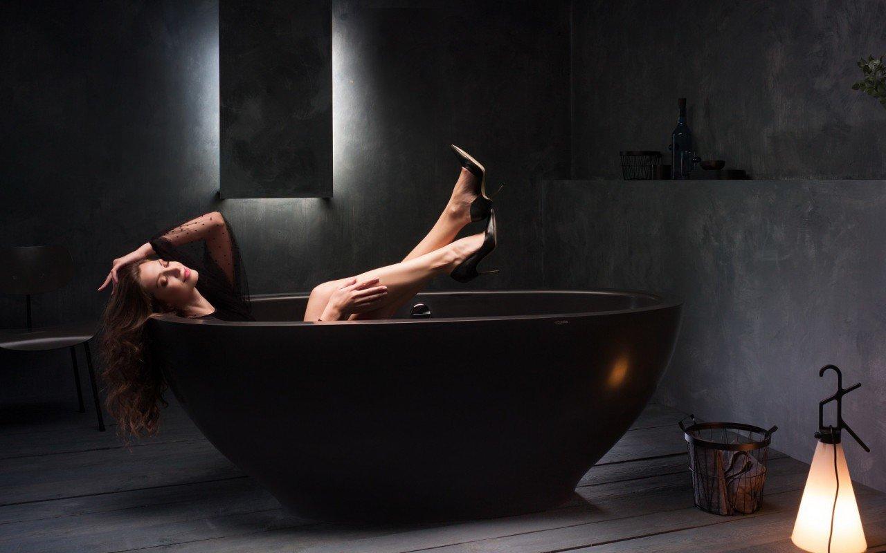 Karolina Black Stone Bathtub 1200 1800