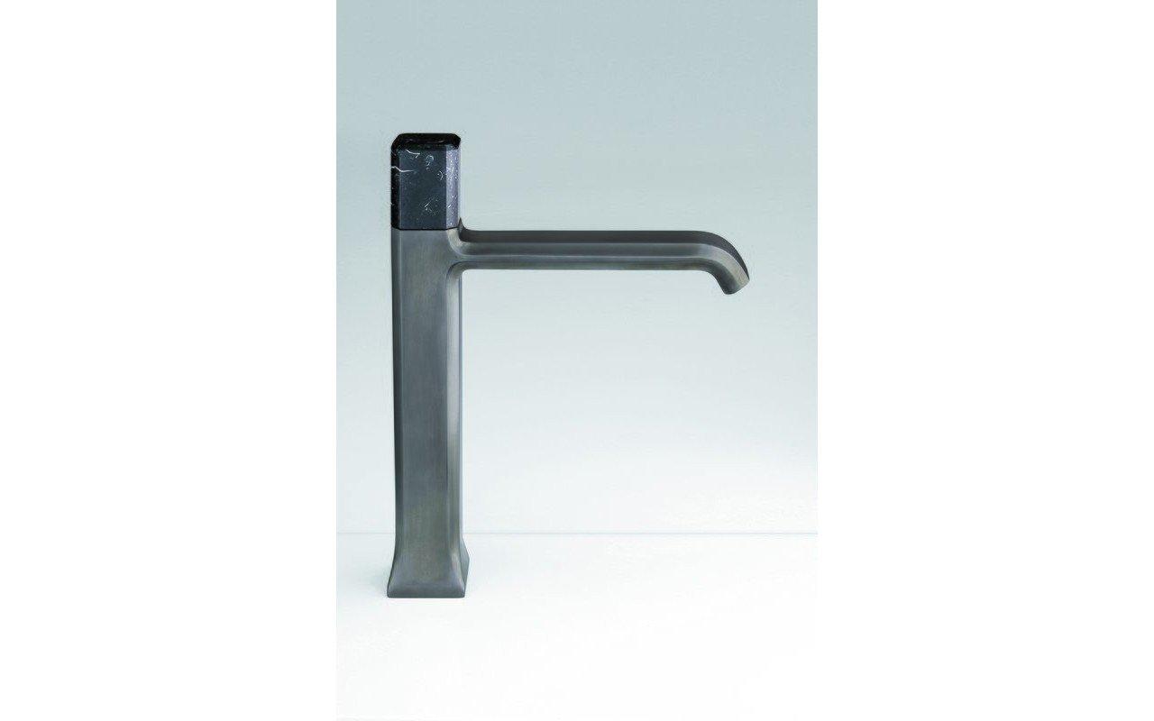 Loren 7.75 Sink Faucet 03 (web)