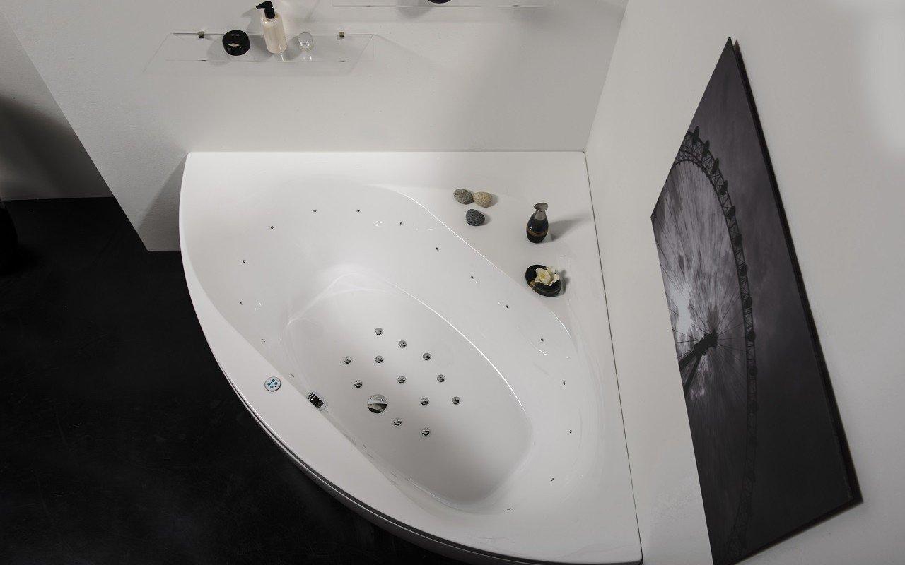 Olivia Relax Corner Acrylic Air Massage Bathtub by Aquatica web DSC2637