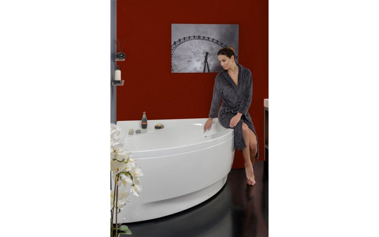Olivia Wht Corner Acrylic Bathtub web (4)