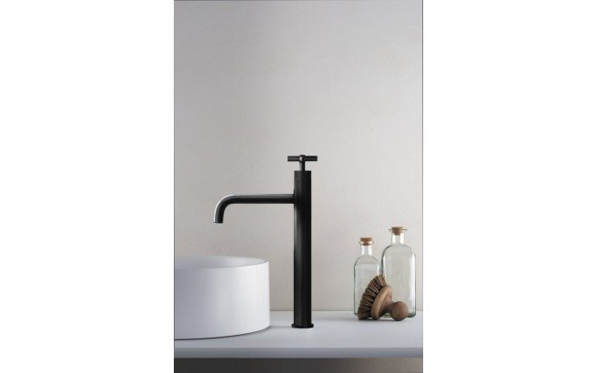 Aquatica Celine 10 Sink Faucet (SKU 222) Black 01 (web)