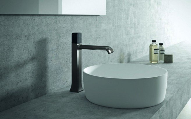 Loren 7.75 Sink Faucet 01 (web)