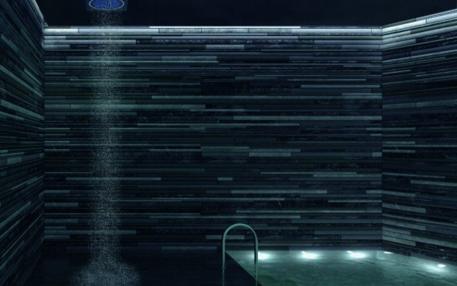 Spectrum Moonlight Square Shower Head White light (web)