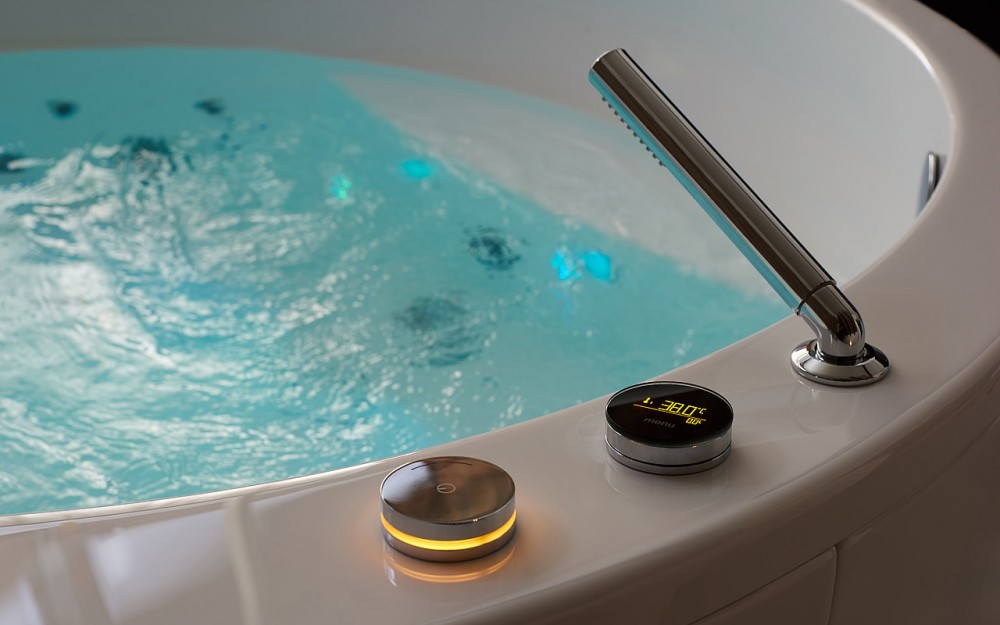 Aquatica allegra wht spa jetted bathtub underwater chromotherapy web