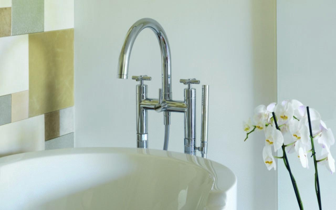 Celine Floor Mounted Bath Filler 01 (web)