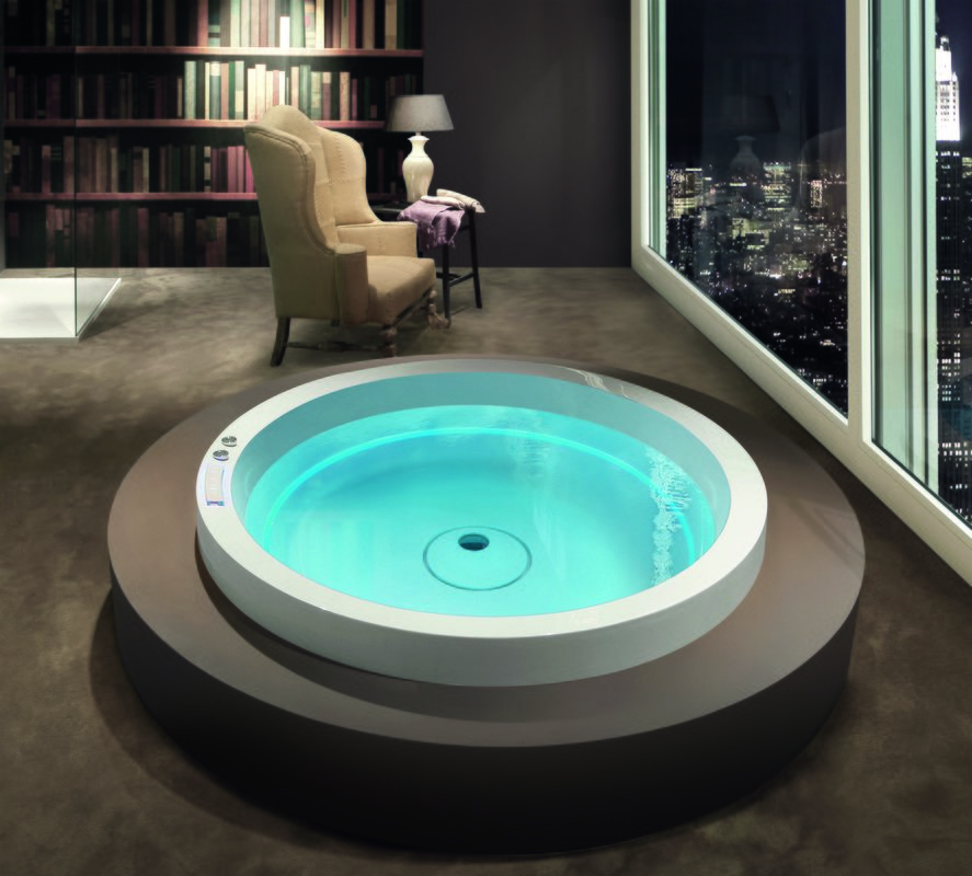 Dream Rondo outdoor hydromassage bathtub 01 (web)