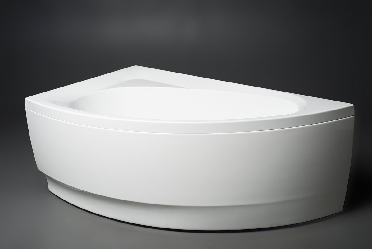 Idea R Wht Corner Acrylic Bathtub 1 (web)