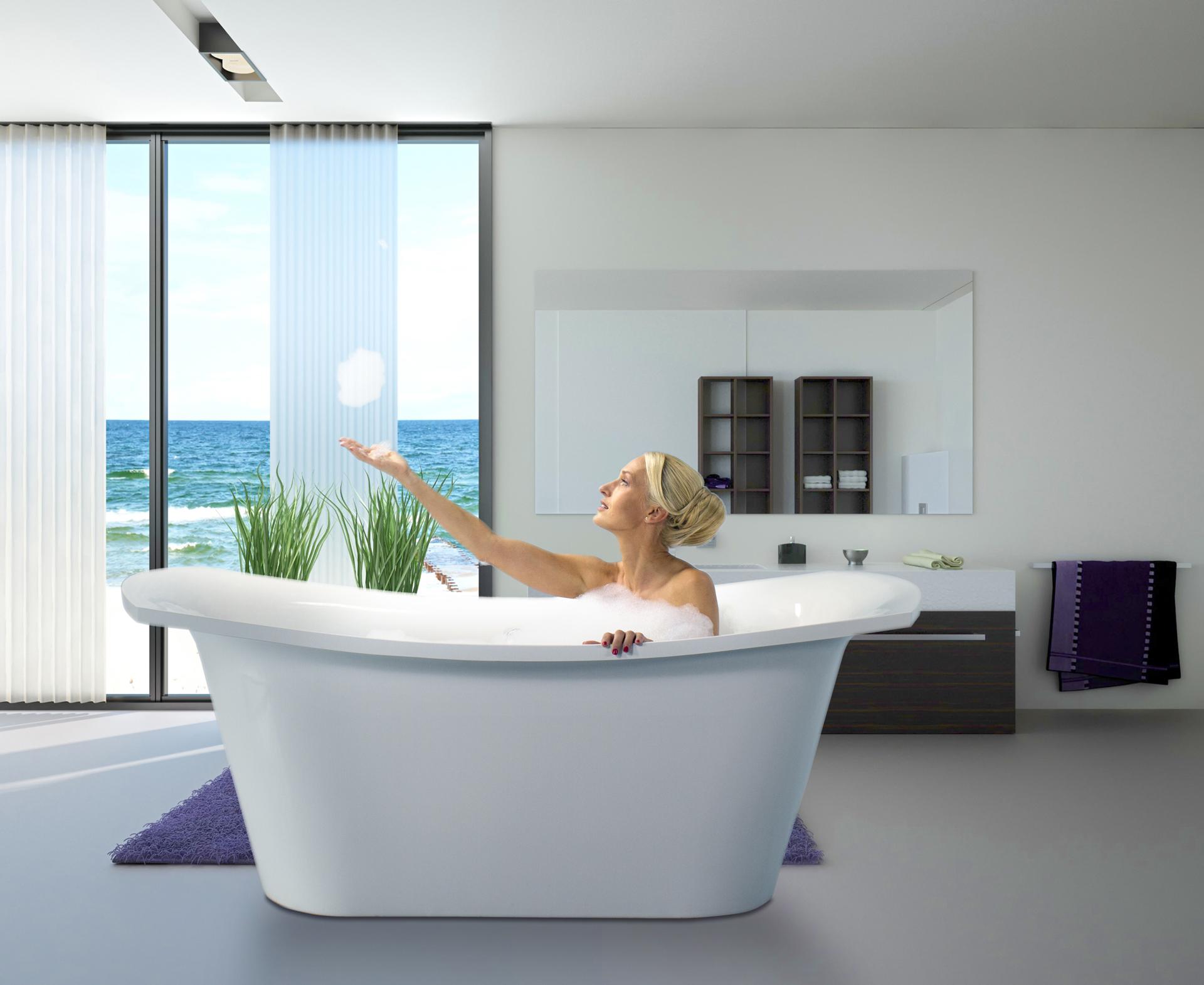 Deep tub- back in fashion