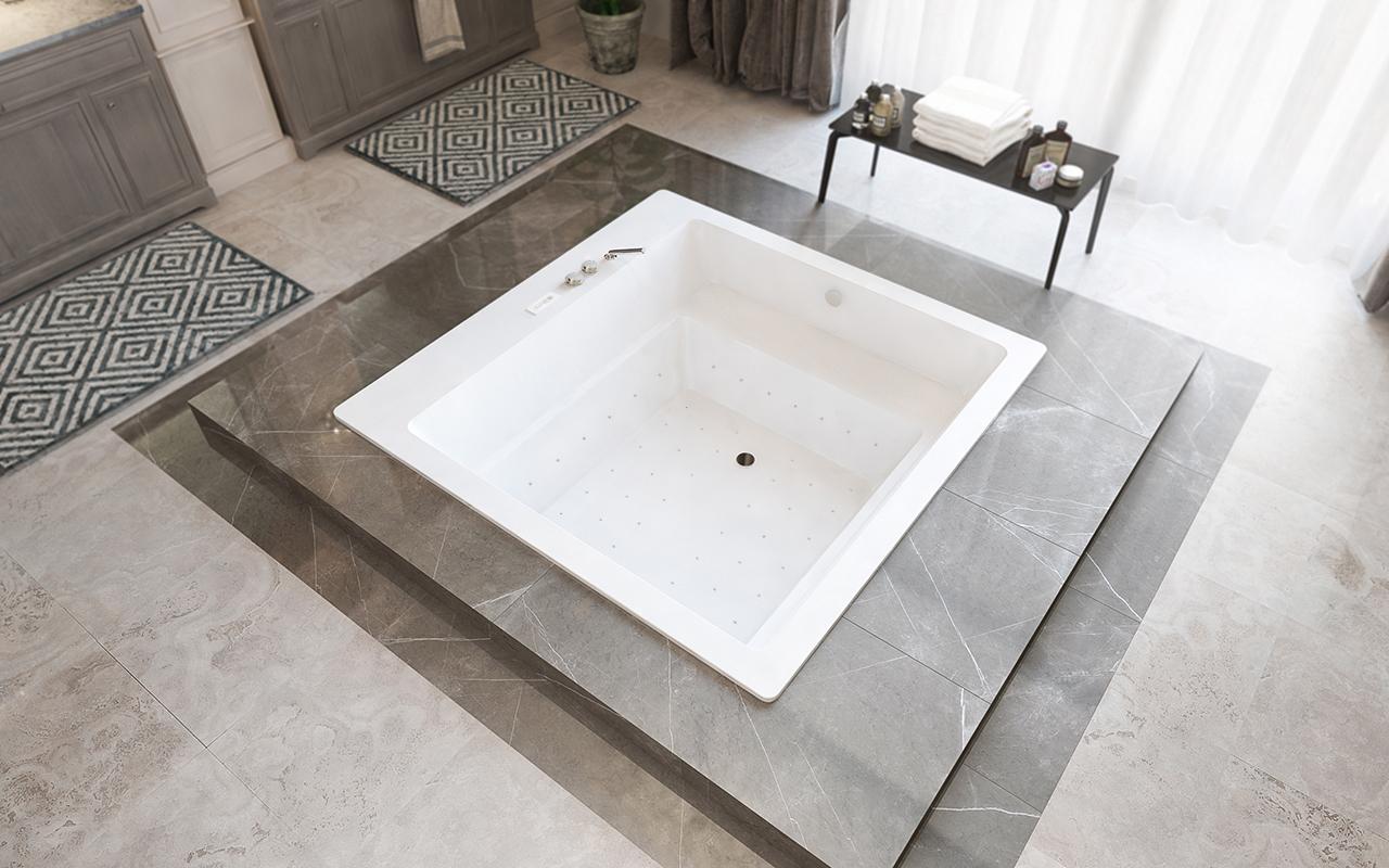 Lacus baignoire encastr e relax hydromassante blanche for Baignoire carree encastrable