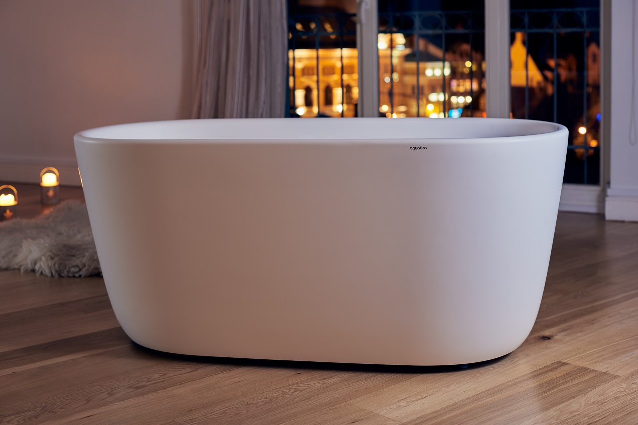 Lullaby Wht Small Freestanding Solid Surface Bathtub by Aquatica web 0038 1
