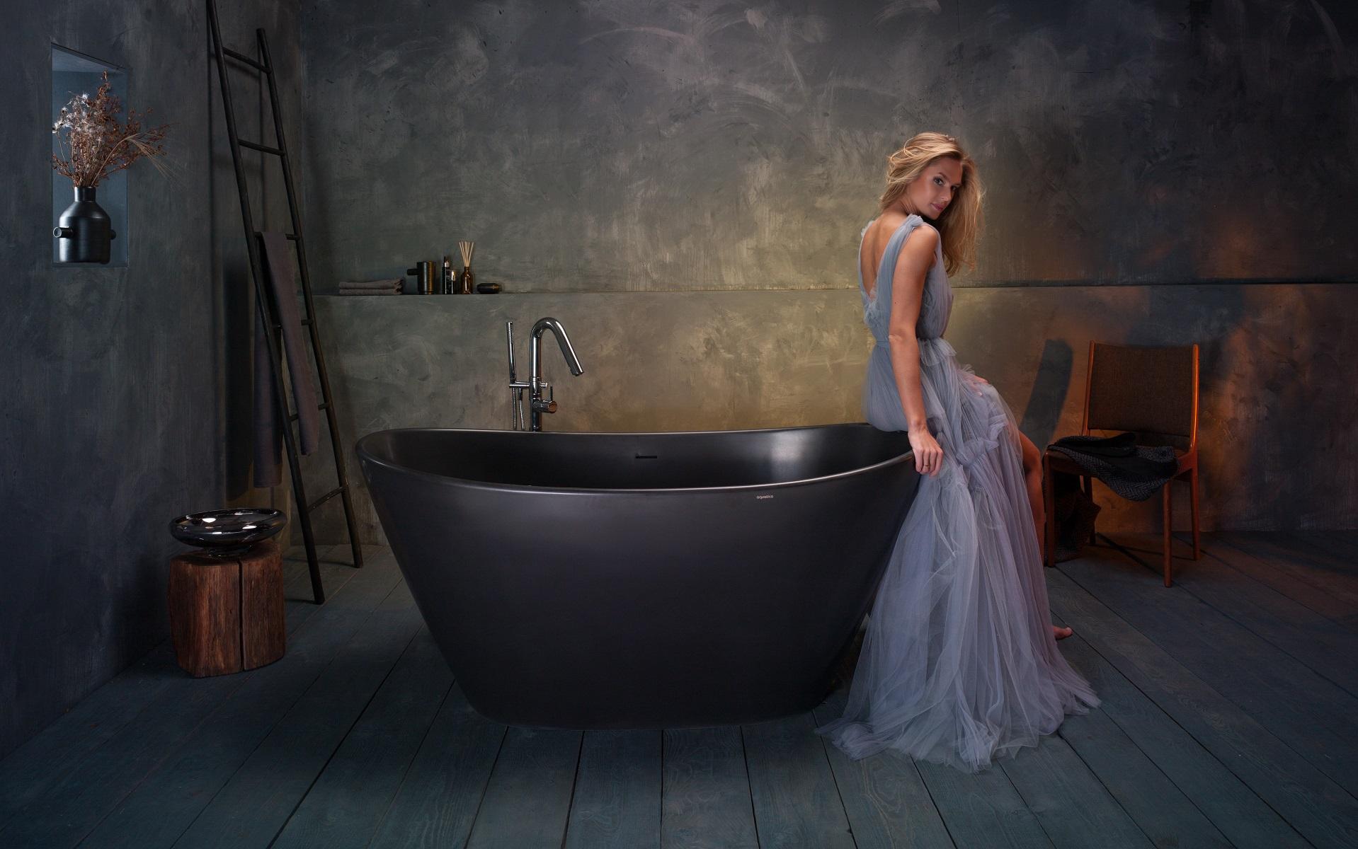 purescape 748 bm par aquatica baignoire autoportante en pierre surface solide noir mat. Black Bedroom Furniture Sets. Home Design Ideas