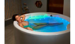 Aquatica Allegra-Wht Freestanding Relax Air Massage Bathtub