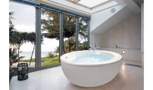 Aquatica Pamela-Wht Freestanding Acrylic Bathtub
